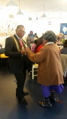 Dancing mayor
